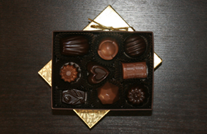 small_truffle_box_spring_b