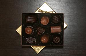small_truffle_box_spring_b